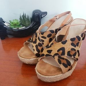 3 for 30$🧞♀️🧞♀️🧞♀️ Gap Leopard Wedge Sandals